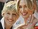 Portia De Rossi a Ellen DeGeneresová ještě v době, kdy se teprve zasnoubily
