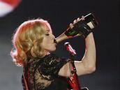 Zpěvačka Madonna slaví padesátiny novou deskou Hard Candy