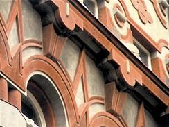 Praha, fasáda Domu u Myšáka ve Vodičkově ulici
