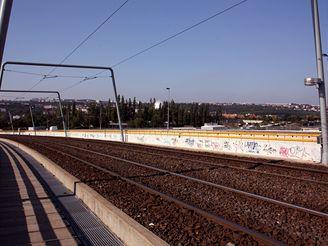Nov� spojen� -tramvajov� most na Krejc�rku