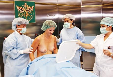 Oldřiška po operaci prsou metodou Macrolane