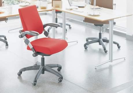 """Záruka na tuto židli je 10 let, na píst doživotní. Dětský vám vymění zdarma za """"dospělácký"""""""
