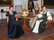 Dobové kostýmy v zámku Rájec nad Svitavou