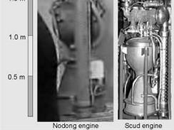 Kapalinový motor rakety Shanab 3 alias Nodong (vlevo) s motorem Scud