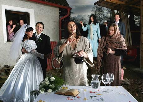 z výstavy Portréty fotografky Nguyen Phuong Thao (Pavel Liška v roli Ježíše Krista)