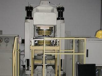 Vlastní stroj na výrobu diamantů