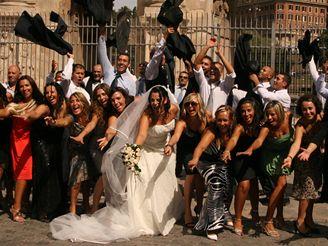 Svatební foto v Římě - bláznivé
