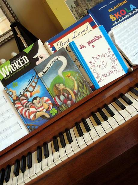 Lásku ke klavíru zdědily i dcery