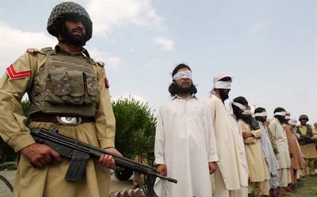 Zatýkání radikálů na afghánsko-pákistánské hranici je na denním pořádku.
