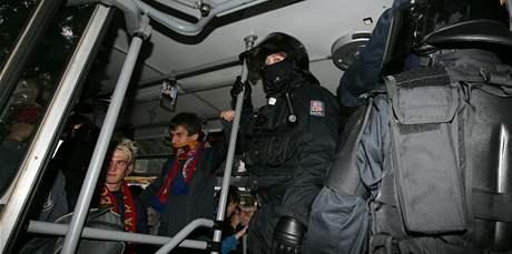 Příznivci Sparty Praha přijeli na fotbal do Brna