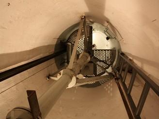Pohled do levého zvonu MO-S 19 Alej