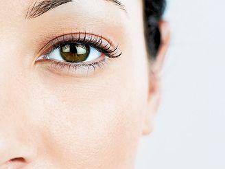 Syndrom suchého oka je nejčastější problém, s nímž lidé chodí k očnímu lékaři.