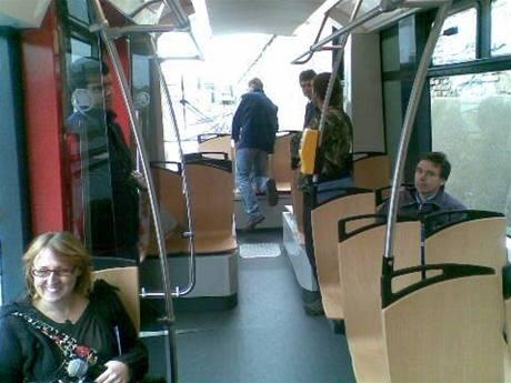 Nová tramvaj ForCity 15T