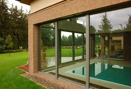 Vnitřní bazén lze používat bez ohledu na počasí