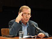 Václav Havel čte hru Odcházení