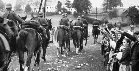 Vítání německých vojáků v pohraničí