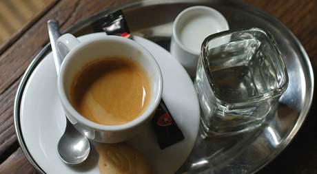 Presso v Cafe Petit
