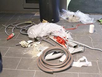 V některých stanicích již zbývá jen uklidit...