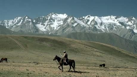Pohoří Pamír se rozkládá na tádžicko-kyrgyzské hranici.