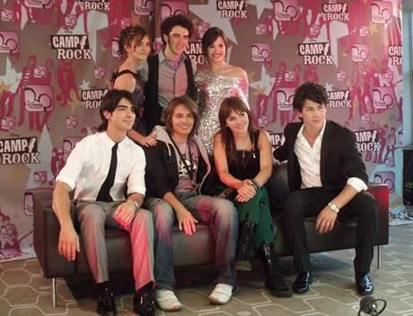 Ewa Farna při propagaci filmu Camp Rock v Londýně