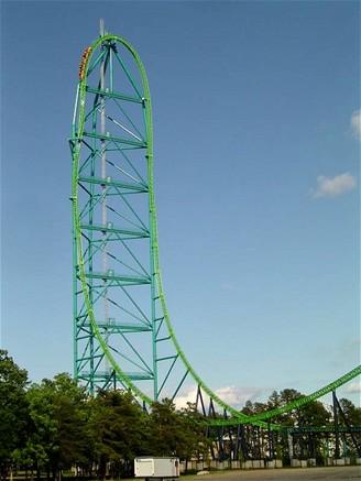 Horská dráha Kingda Ka v zábavním parku Six Flags Great Adventure ve městě Jackson v New Jersey, USA