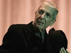 Leonard Cohen při pražském koncertu
