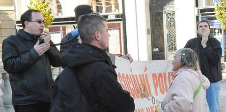 Předvolební mítink Dělnické strany v Brně