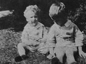 Paul Newman (vlevo) se starším bratrem Arthurem