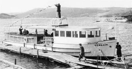 Brněnskou přehradu brázdil ve 40. letech parníki jménem Úderník