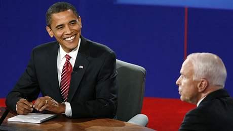 Barack Obama a John McCain se střetli ve svém třetím duelu před televizními kamerami.