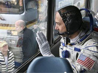 Vesmírný turista Richard Garriott před odletem do vesmíru (12. října 2008)