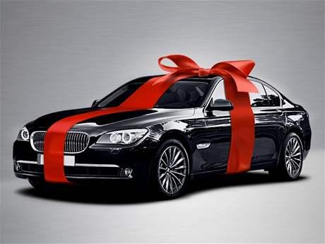 BMW řady 7 jako vánoční dárek