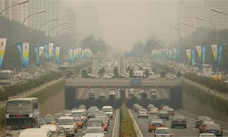 Smog v Pekingu.