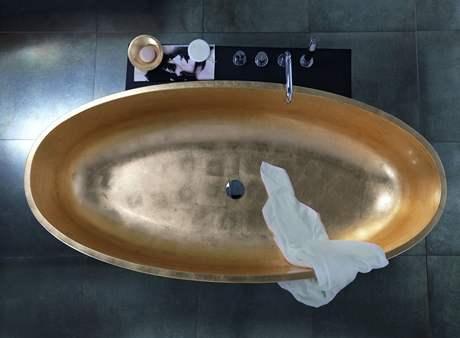 Koupel ve zlat� van�