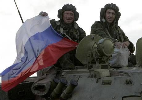 Rusové se z nárazníkových zón stáhly ve středu.