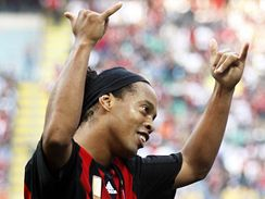 AC Milán: Ronaldinho