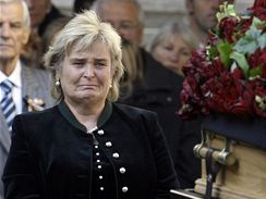 Manželka Jörga Haidera Claudia. (18. října 2008)