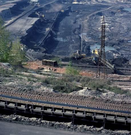 Těžební oblast u města Most.