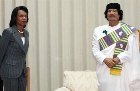 Muammar Kaddáfí a Condoleeza Riceová
