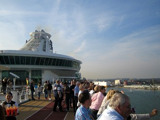 Plavba na lodi Independence of the Seas