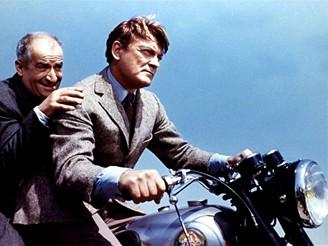 Francouzský herec Jean Marais ve filmu Fantomas