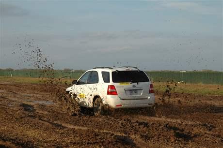Testování pneumatik pro SUV