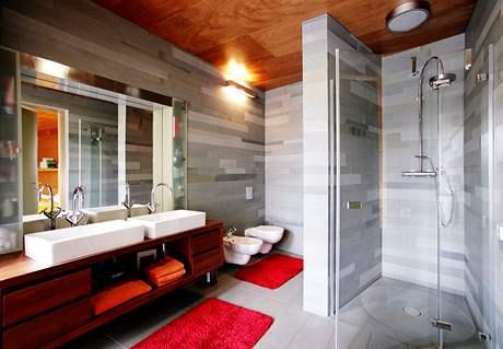 Koupelna s toaletou se stává v rodinných domech standardem