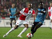 Slavia - Aston Villa: Mickael Tavares (vlevo)