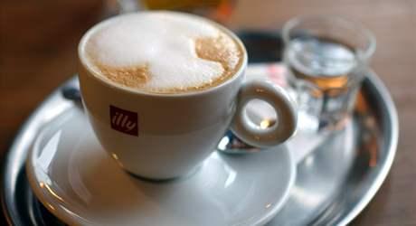Cappuccino v Style Cafe ve Slavkově u Brna