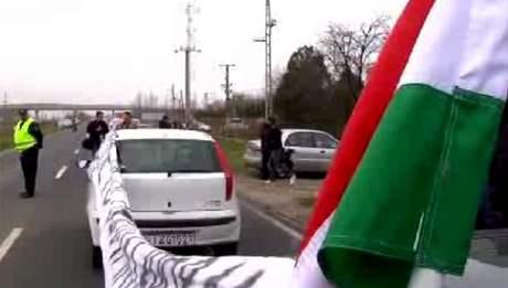 Ma�ar�t� radik�lov� blokuj� slovensk� hrani�n� p�echody