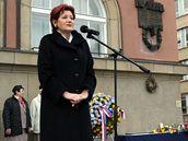 Primátorka Zlína Irena Ondrová promlouvá k příležitosti oslav 17. listopadu (17.11.2008)
