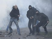 Střet pravicových radikálů s policií v Litvínově