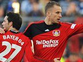 Leverkusen: Michal Kadlec (vpravo) a Castro