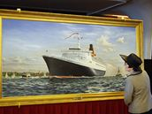 Na palubě Queen Elizabeth 2 se skrývá i malba lodi.